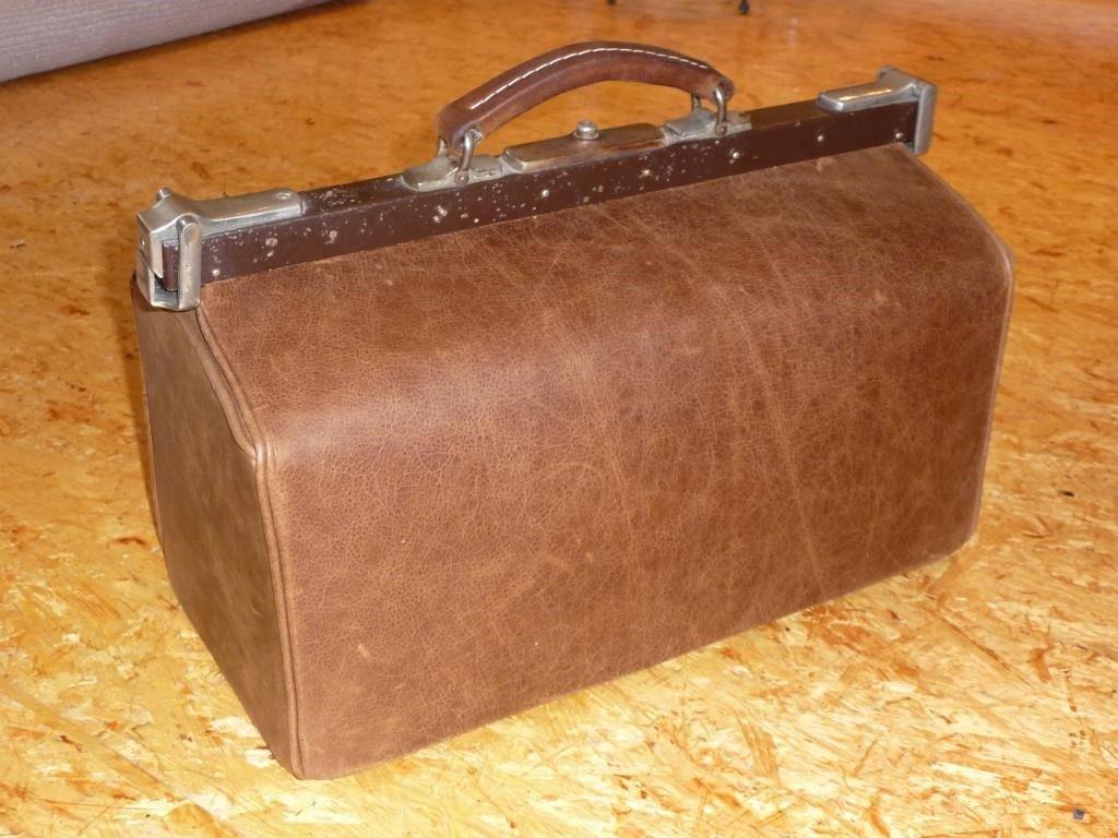 arzttasche-neu-unter-verwendung-des-alten-buegels-rindleder-vintage-1