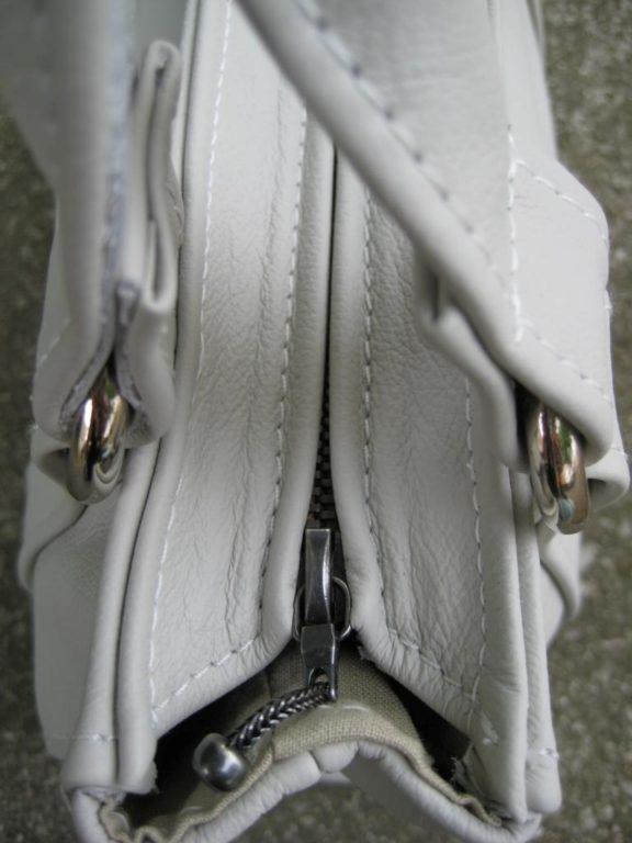 handtasche-mittelreissverschluss-weises-rindleder-2