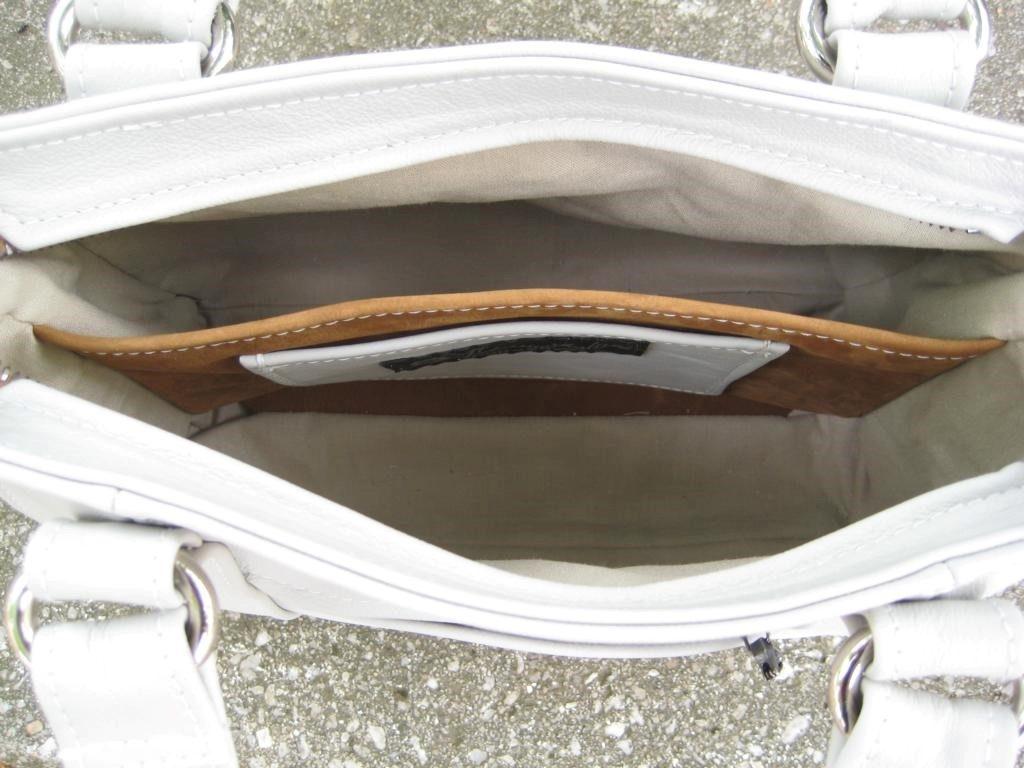 handtasche-mittelreissverschluss-weises-rindleder-6