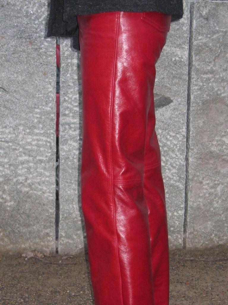 lederhose-rot-rindleder-2