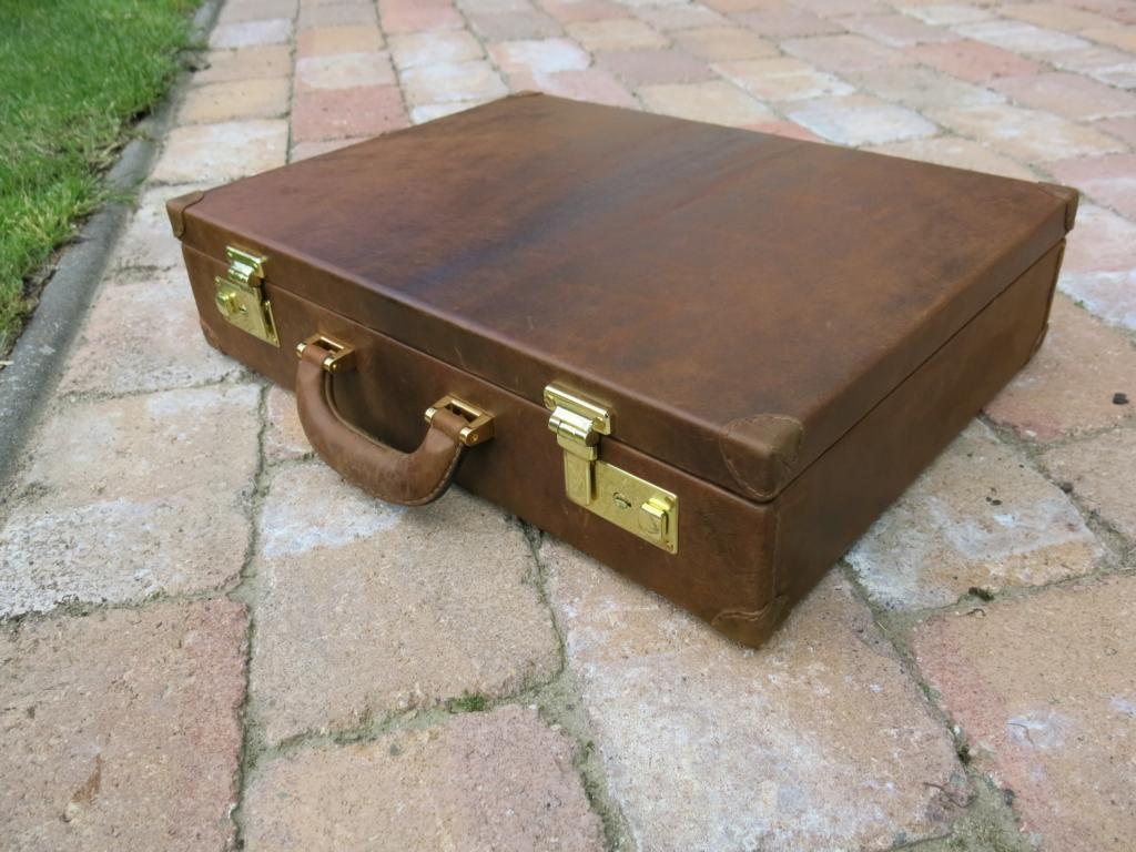 Koffer-Rossleder