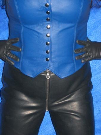 ledercorsage-blau