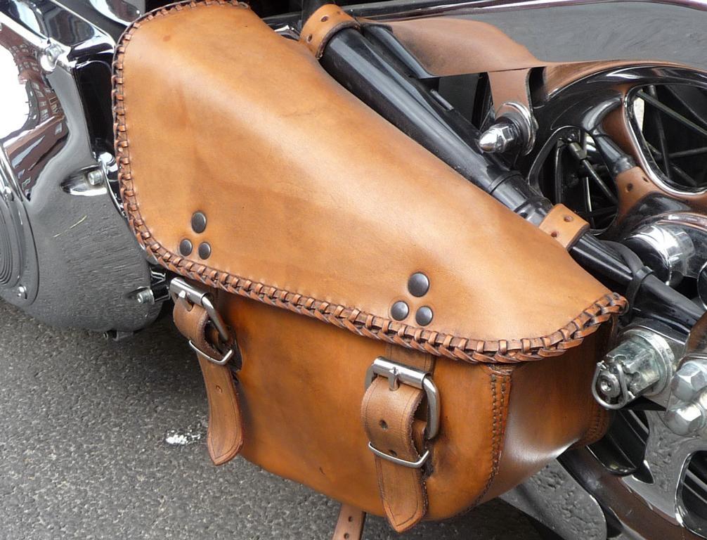 motorrad-sitzbank-und-packtasche_18