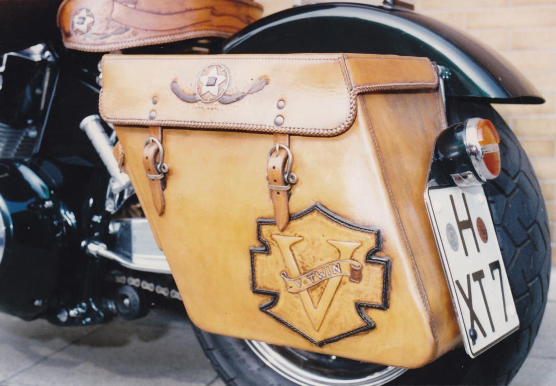 motorrad-sitzbank-und-packtasche_33