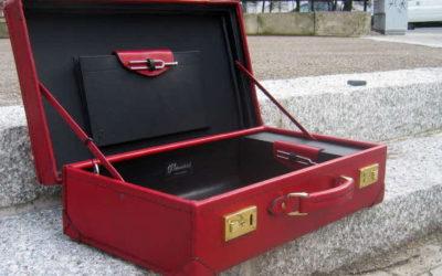 Taschen, Koffer und Behältnisse aus Leder