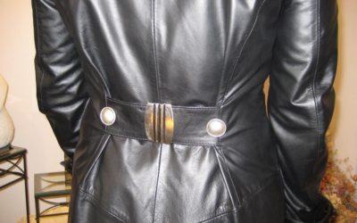 Lederbekleidung